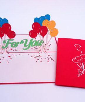 Tarjeta felicitación globos de cumpleaños
